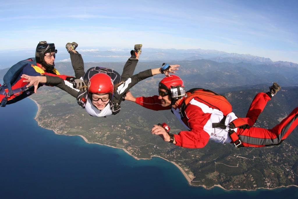 debuter-en-parachutisme-pac-progressison-accompagnee-en-chute-saut-d-initiation-bouloc-skydive