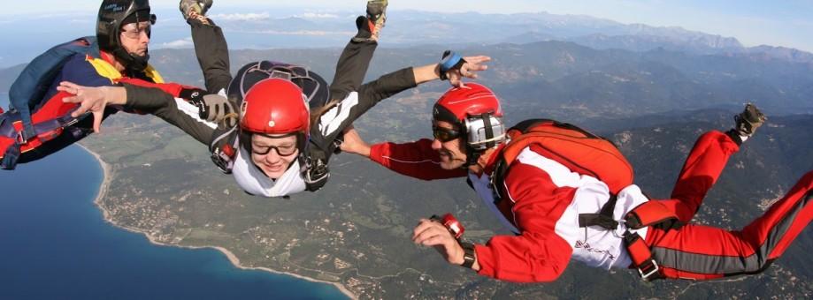 Découvrir le parachutisme : le saut d'initiation PAC