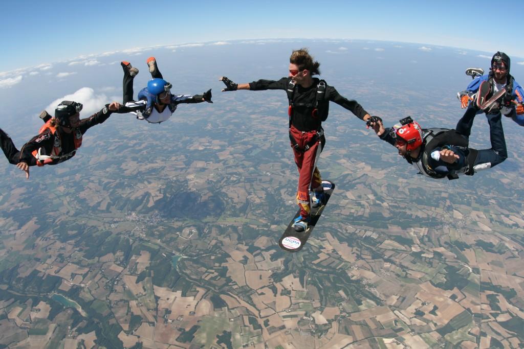 Discipline du parachutisme : le skysurf