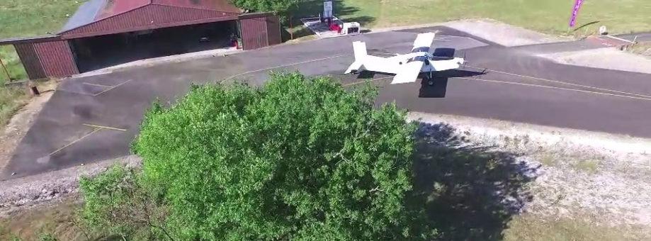 Présentation de l'école de parachutisme de Bouloc
